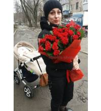 Delivery of a bouquet of roses in Odessa