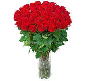 Букет из красных импортных высоких роз, поштучно
