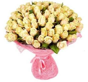 Кремовые розы, в упаковке