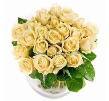 Бежевые розы, букет из роз поштучно
