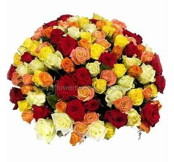 Букет из разноцветных роз украинского производства