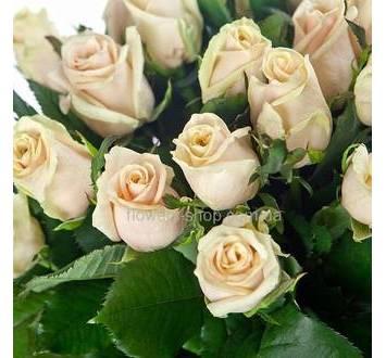 Букет из роз кремового цвета, розы поштучно