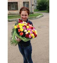 Courier delivery of roses to Odessa