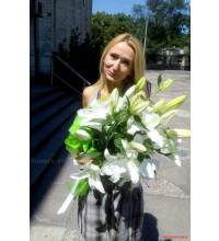 Bouquet of white lilies with delivery