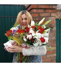 Bouquet with lilies and roses with delivery to your house