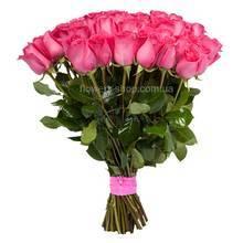 Букет из розовых роз импортного производства
