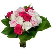 Букет из бело-розовых импортных роз