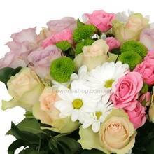 Букет из импортных роз и хризантем