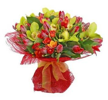 Букет из тюльпанов, орхидей, роз и фрезий