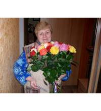 Bouquet of multicolored roses delivered in Smela