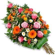 Венок на возложение из роз, хризантем и гербер