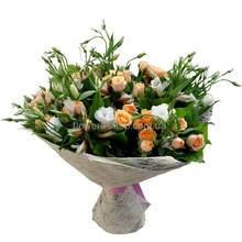 Букет из альстромерий, роз и эустом