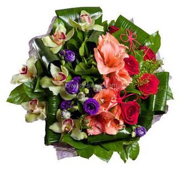 Сборный букет с амариллисами, розами Гран При, эустомами и орхидеями