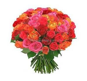 Букет из роз разных оттенков и сортов