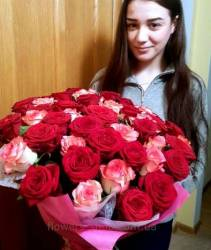 Bouquet of 51 roses delivery to the house