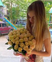 Доставка роз выполнена в Полтаве