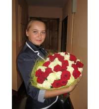 Поздравительный букет роз