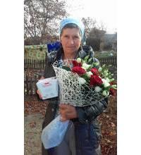 Квіти і цукерки доставлені до Львова