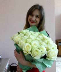Букет белых роз доставлен в Энергодар