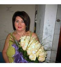 Festive bouquet of roses for his beloved mother from Dnipropetrovsk