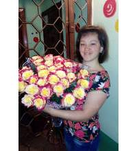 Magnificent bouquet of roses imported went to Kirovograd