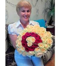 Шикарный букет роз с доставкой