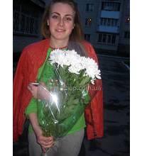 Белые хризантемы Зембла с доставкой в Алчевск