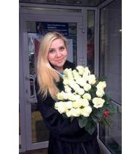 White Dutch roses delivered in Nikolaev