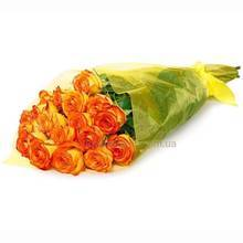 Букет из оранжевых роз, упаковка органза