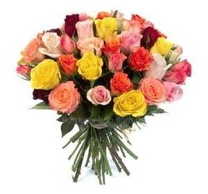 Різнокольорові троянди 40 см