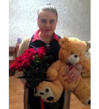 Flowers and toys in Chernivtsi