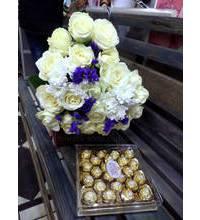 Букет в форме сердца из роз и конфеты доставлены в Херсон