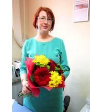 Получательница из Миргорода с доставленным сборным букетом