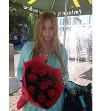 Red roses with delivery to Odessa