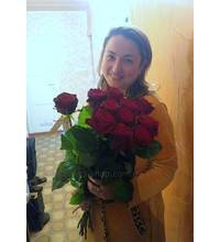 A bouquet of red roses was delivered in Frankivsk