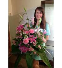 Розовый букет с лилиями доставлен в Запорожье