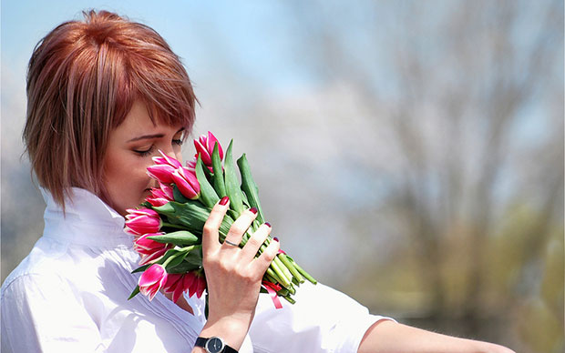 небольшой букет тюльпанов