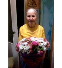 Доставка букета для мами і бабусі